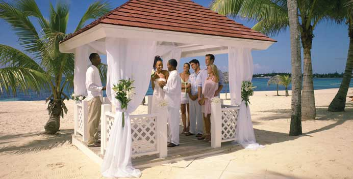 Breezes Resort & Spa- The romantic side of Paradise